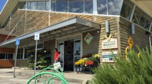 Find Fresh, Locally Produced Food, Flowers, And More At Tennessee's Three Rivers Market