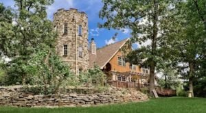 You Can Rent An Entire Castle In Arkansas, Stonehaven Castle, For Less Than $600 A Night