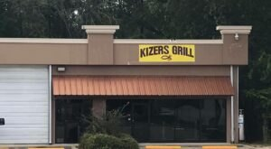 Eat At Kizer's Grill For A Small-Town Feel And The Best Burgers You've Ever Had