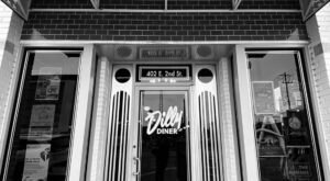 One Of The Best Outdoor Breakfast Spots In Oklahoma Can Be Found At Dilly Diner