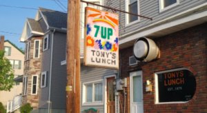 Tony's Lunch In Pennsylvania Grills Burgers So Good They're Worth Waiting In Line