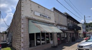 Enjoy some of Alabama's Best Breakfast And Burgers At Staggs Grocery