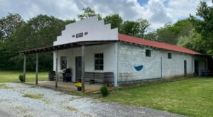 This Charming Airbnb In Small Town Alabama Was Once A General Store