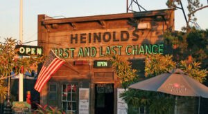 Opened In 1884, Heinold's First And Last Chance Saloon In Northern California Is The Dive Bar Of Your Dreams