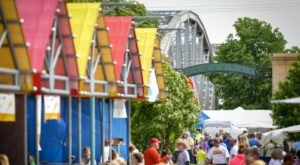 The Art On The Red Festival In North Dakota Has Artisans, Food, Music, And So Much More