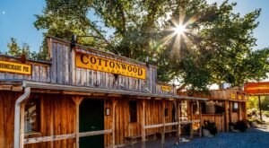 Cottonwood Steakhouse Is An Old-School Steakhouse In Utah That Hasn't Changed In Decades