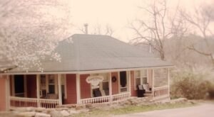 You Can Have The Whole House To Yourself At Arkansas' Mimosa Cottage
