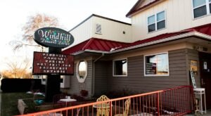 Devour The Most Delicious Pancakes At Windhill Pancake Parlor In Illinois