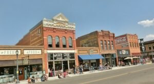 7 Small Towns In Montana That Are Full Of Charm And Perfect For A Weekend Escape