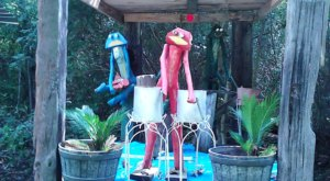 Frog Farm In Mississippi Just Might Be The Strangest Roadside Attraction Yet
