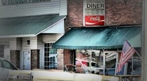 Some Of The Best Small-Town Food Can Be Found At The Greenback Drugstore And Diner In Tennessee