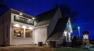 You've Never Tasted Pizza Quite Like The Pies Made At Rustique Pizzeria In Wisconsin