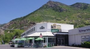 Both A Restaurant And A Gift Shop, Utah's Rainbow Gardens Is An Underrated Day Trip Destination