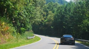The Tail Of The Dragon Is A Back Road You Didn't Know Existed But Is Perfect For A Scenic Drive In Tennessee