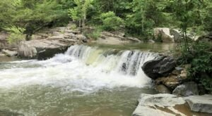 Explore Lon Sanders Canyon In Missouri On This Easy Waterfall Trail