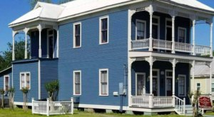 Enjoy Nothing But Peace And Quiet With A Stay At The St. Peter House, A Century-Old Vacation Rental In Louisiana