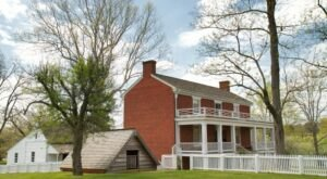 17 Tiny Towns In Virginia Where HUGE Things Happened