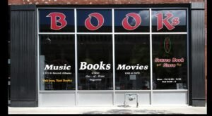 The Largest Discount Bookstore In Iowa Has More Than 100,000 Titles