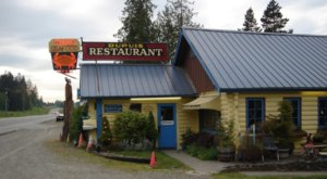 This Century-Old Log Cabin Restaurant In Washington Will Transport You To The Past