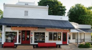 The Old Fashioned Soda Parlor At Thomas Drugs In Tennessee Is Worth A Trip From Any Corner Of The State