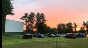 New Hampshire's Largest And Oldest Drive-In Theater Is Hiding In A Small Town And You'll Want To Visit