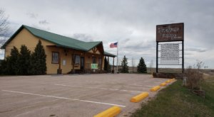 The Rustic Farmhouse Vintage Design In South Dakota Is 8 Stores In 1