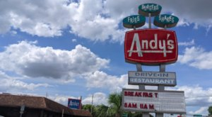 Open Since 1951, Andy's Igloo In Florida Serves Up Fresh Burgers And Hand-Mixed Milkshakes