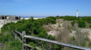These Are The 7 Gorgeous Beach Hikes You Need To Take In New Jersey This Summer