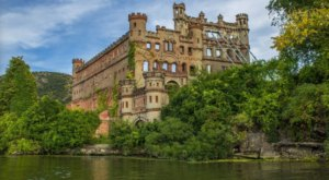 Bannerman Castle Is An Incredible Palace Hiding Right Here In New York