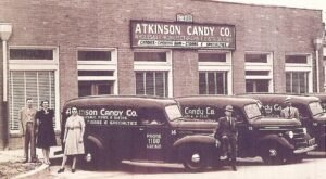 For 86 Years, One Of America's Favorite Candies Has Been Made In This Humble Little Texas Factory