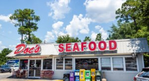 These 7 Alabama Gulf Coast Seafood Restaurants Are Worth A Visit From Any Part Of The State