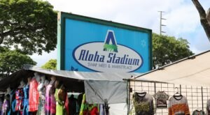 Shop 'Til You Drop At Aloha Stadium Swap Meet, One Of The Largest Flea Markets In Hawaii