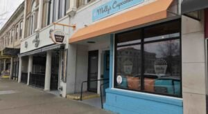 Taste A Bit Of Heaven At Molly's Cupcakes, A Shop With The Best Brownies In Iowa
