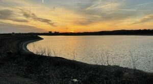 Catch A Stunning Sunset At Delaware's Gorgeous Reservoir Park