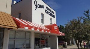 Jones Homemade Ice Cream Parlor In Michigan Is The Perfect Place For An Old-Fashioned Sweet Treat