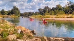 Take The Longest Float Trip In Oklahoma This Summer On The Illinois River