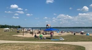 Relax On Ohio's Largest Inland Beach At Alum Creek State Park This Summer