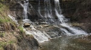 This Kid-Friendly Hike In Kansas Will Take You Along A Lake To A Stunning Waterfall