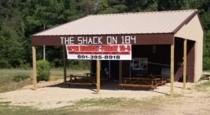 The Shack On 184 In Mississippi Is A Roadside Restaurant Worth Pulling Over For