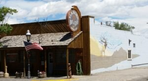 The Tiny Town Of Meeteetse, Wyoming Is Home To A Restaurant That Serves Up Remarkably Tasty Food