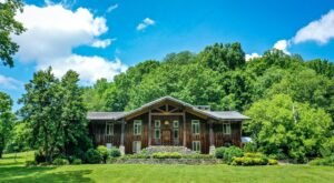 Cascade Hollow Lodge In Tennessee Is The Perfect Mountain Retreat For Your Whole Family