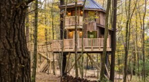Experience A Fairy Tale Come To Life When You Stay At The Castle Themed Tree House In Ohio