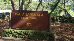 Waiʻānapanapa State Park Is The Single Best State Park In Hawaii And It's Just Waiting To Be Explored