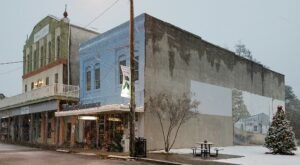 Authentically Old-Fashioned, Wards Pharmacy In Mississippi Has A Gift Shop And Soda Fountain
