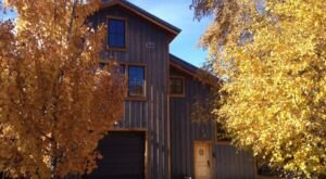 This Scenic Barn In Utah Sits On 8 Acres, And You Can Stay Overnight