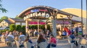 Uncle Ray's Dairyland Is The Ultimate Summertime Destination For Ice Cream Lovers
