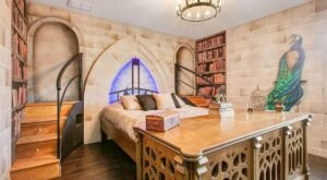 The Harry Potter-Themed Airbnb In Florida Is An Idyllic Getaway For Potterheads Of All Ages