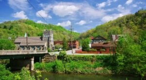7 Small Towns In West Virginia That Are Full Of Charm And Perfect For A Weekend Escape