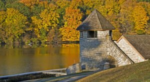 Backbone State Park Is The Single Best State Park In Iowa And It's Just Waiting To Be Explored