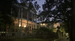 The History Behind One of New Orlean's Most Photographed Mansions May Surprise You
